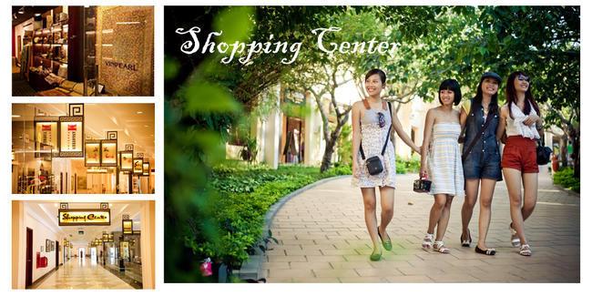 Dãy phố mua sắm có tổng diện tích 6.000m2 với các gian hàng sang trọng và tiện nghi